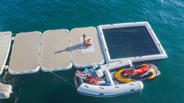 Yachtbeach inflatable platform